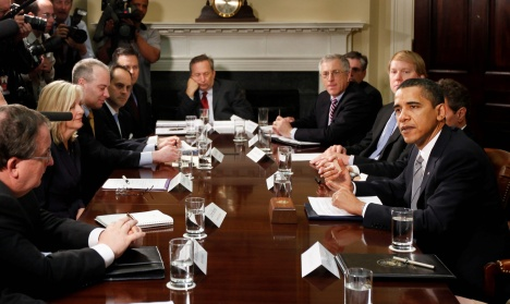 Larry Summers dozes off at White House meeting