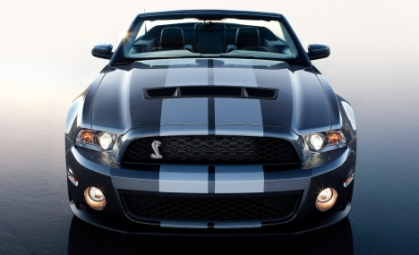 2010_ford_mustang_shelby_gt500_convertible_3