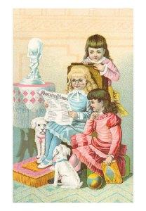girls-reading-newspaper